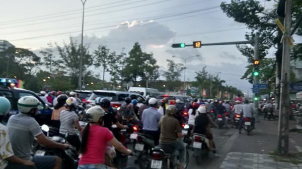 Người dân Bạc Liêu vỡ òa trước chiến thắng kịch tính U23 Việt Nam