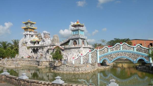 Ngay gần Bạc Liêu có một ngôi chùa đẹp như tiên cảnh nhất định phải đến dịp Tết này