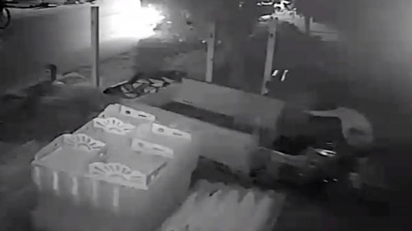 Táo tợn dùng ôtô tải đi trộm…xe ba gác rồi chạy về hướng Bạc Liêu