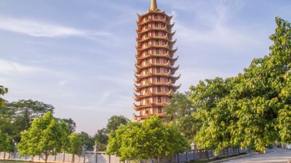 Ngắm nhìn bảo tháp cao nhất, có 1-0-2 Việt Nam ngay trên quê hương Nam Định
