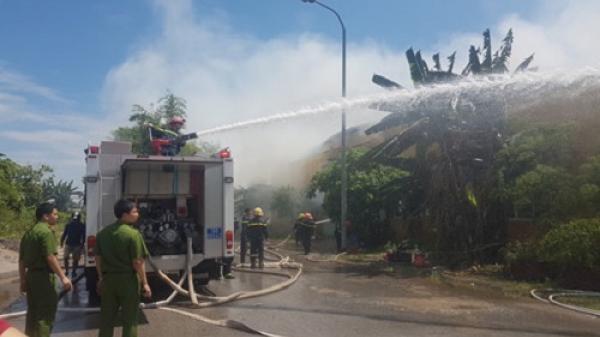 Lửa bốc cháy ngùn ngụt tại công ty may ở Nam Định, công nhân tá hỏa chạy