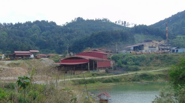Bắc Kạn: Dân hoang mang do phải ăn, uống 'nước bẩn' từ nhà máy chế biến khoáng sản