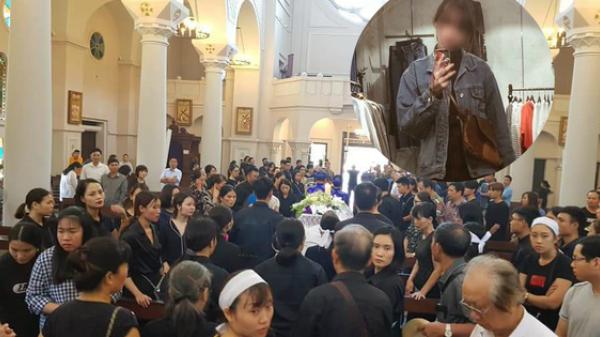 Đám tang đẫm nước mắt của nữ sinh bị s.át h.ại dã man: Người thân, bạn bè gào khóc xót xa trong tuyệt vọng!