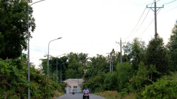 Vĩnh Long: Người dân bức xúc vì tuyến đường có đèn mà… cũng như không.