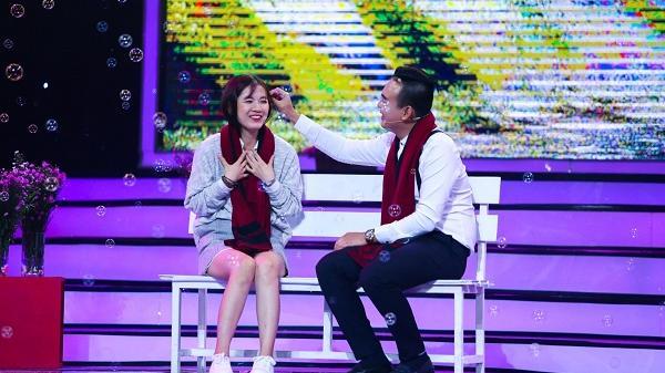 Bật khóc trước màn tỏ tình xúc động của chàng trai Bạc Liêu dành cho cô gái hơn 3 tuổi