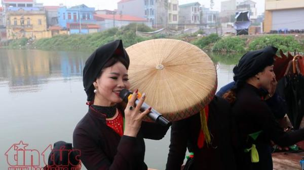 Bắc Ninh: Biển người từ khắp nơi đổ về hội Lim nghe các làn điệu dân ca