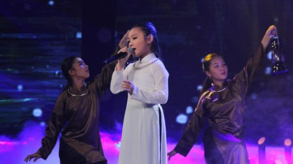 'Hiện tượng dân ca' Nghi Đình được Quang Linh nhận là thần tượng