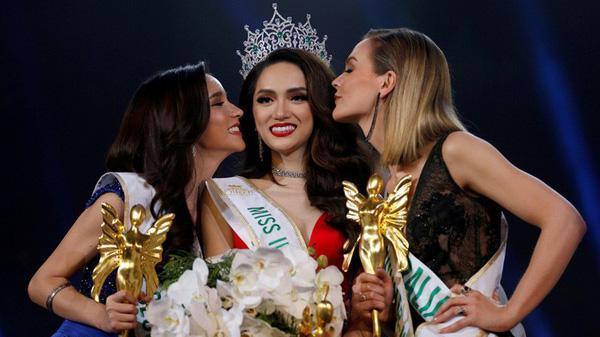 Chiến thắng của Hương Giang Idol tại Hoa hậu Chuyển giới đã được báo trước