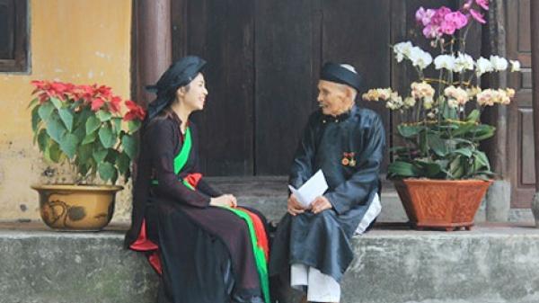 Bắc Ninh: Nghệ nhân quan họ gần trăm tuổi kể chuyện 5 lần được gặp Bác Hồ