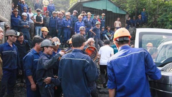 Quảng Ninh: Đá ở khu vực gương lò trượt lở,  2 công nhân thương vong
