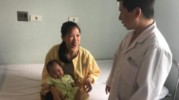 Bệnh nhi Bắc Ninh mang nhiều dị tật phức tạp được cứu sống trong gang tấc