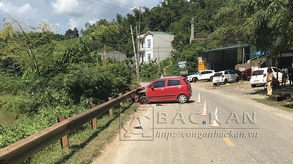 Tai nạn nghiêm trọng giữa ô tô và xe máy, 1 người tử vong