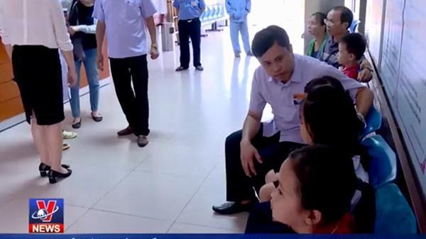 Bắc Ninh: Nguyên nhân 45 học sinh tiểu học nhập viện sau bữa ăn trưa