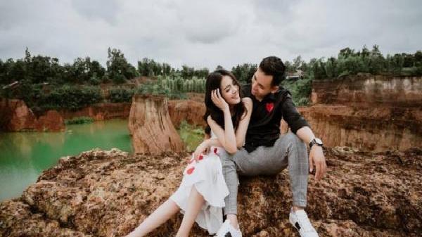 Chiêm ngưỡng bộ ảnh cưới ngọt ngào của 'thiên thần áo dài trắng' Bắc Ninh năm ấy chúng ta cùng theo đuổi