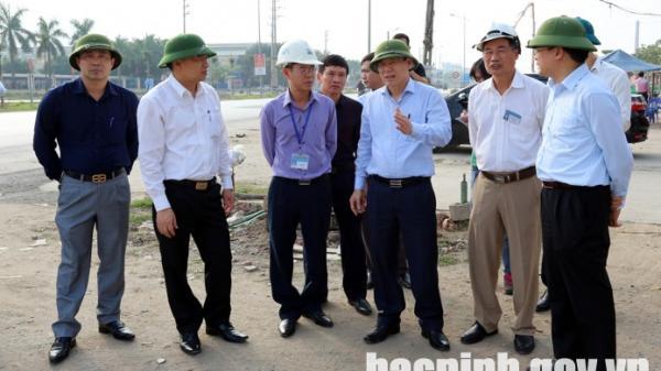 Phó Chủ tịch Thường trực UBND tỉnh kiểm tra tiến độ một số dự án giao thông tại huyện Quế Võ