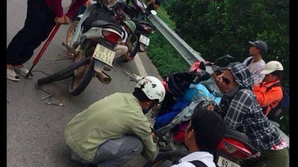 """Tìm ra """"đinh tặc"""" """"tấn công"""" xe máy trên cao tốc Hà Nội – Bắc Giang"""