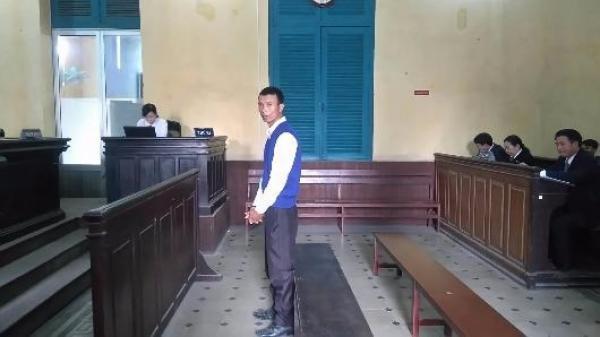 Xét xử gã bán đậu hũ hiếp dâm cháu bé 6 tuổi quê Bắc Ninh