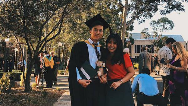 Thầy giáo quê Cần Thơ hot nhất MXH những ngày qua: Đẹp trai cao ráo như người mẫu, là thạc sĩ Ngôn ngữ tại Úc