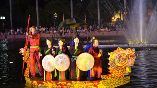 """Bắc Ninh: Đêm diễn xướng Quan họ trên thuyền -  """"Tứ Hải giao tình"""""""