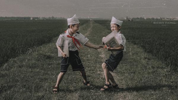 """Đánh thức ký ức tuổi thơ qua bộ ảnh """"Đường đến trường"""""""