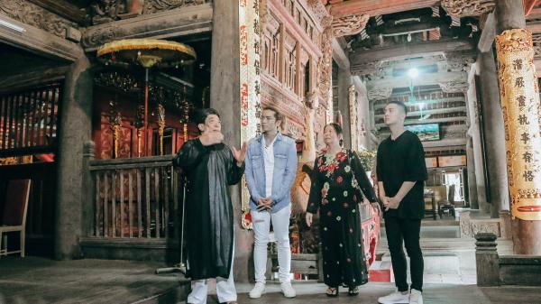 Theo BB Trần, Duy Khánh về thăm ngôi đình cổ ở Bắc Ninh