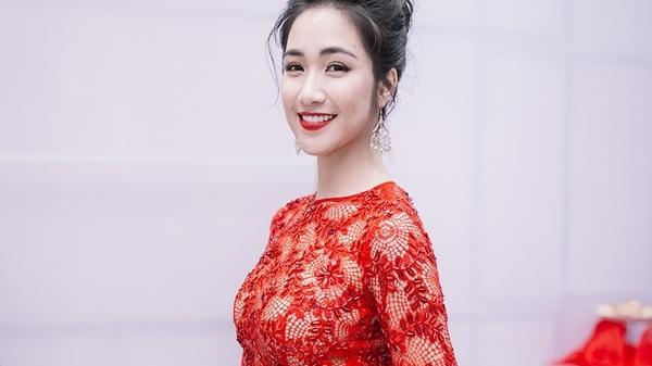 """Cô gái Kinh Bắc Hoà Minzy: """"Bạn trai mới chấp nhận hình xăm tên người yêu cũ của tôi"""""""