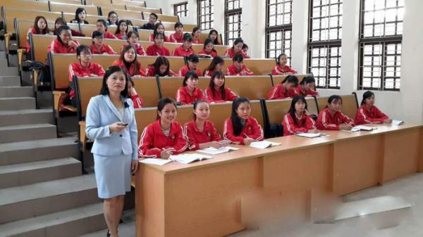 Bắc Ninh: Người giảng viên đam mê đổi mới, sáng tạo, hết lòng cống hiến cho sự nghiệp trồng người