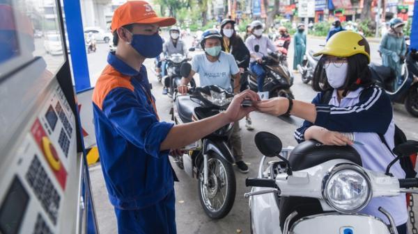 Giá xăng dầu mới nhất hôm nay ngày 15/3: Bật tăng mạnh khi vừa đột ngột giảm