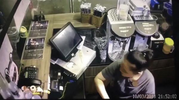 Đối tượng lạ ném vật thể gây nổ vào quán trà sữa ở Sài Gòn, nhân viên và khách hoảng hồn tháo chạy