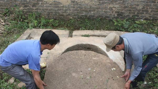 """Bí ẩn """"qu.ái giếng"""" giấu trăm tấn vàng ở Bắc Giang"""
