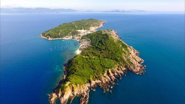 """Bình Định: Khám phá vẻ đẹp của """"hoang đảo"""" Cù Lao Xanh hòn ngọc biển đông"""
