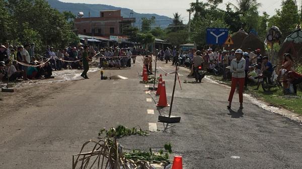 Bình Định: Truy tìm xe tông chết người phụ nữ đi tập thể dục sáng