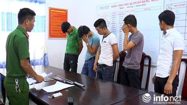 Đà Nẵng: Tranh khách du lịch, đem dao và mã tấu định thanh toán đối thủ