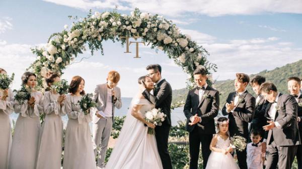 Nhà văn Gào chia sẻ nhiều thông tin thú vị về đám cưới như mơ ngay sau tiệc cưới tại Đà Nẵng