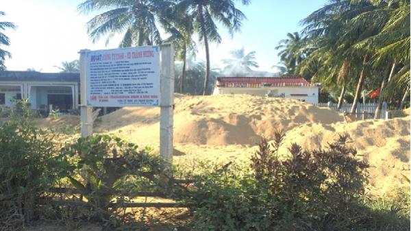 Một xã 'cõng' 3 mỏ cát, uy hiếp hơn 300 ha lúa