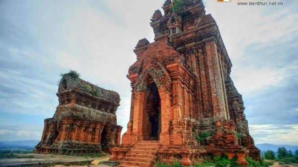 Khám phá xứ sở nhiều tháp Chăm nhất Việt Nam