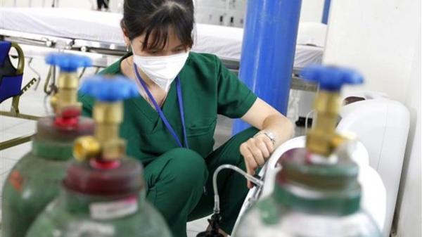 Ra mắt trạm y tế lưu động trong doanh nghiệp đầu tiên trên cả nước ở Bình Dương
