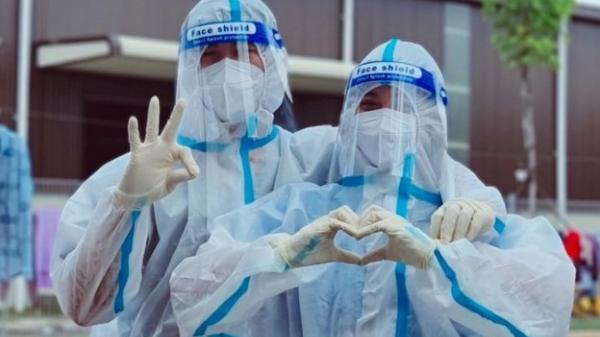 Bác sĩ ở Bình Dương đăng ký cho vợ cùng lên đường đi chống dịch