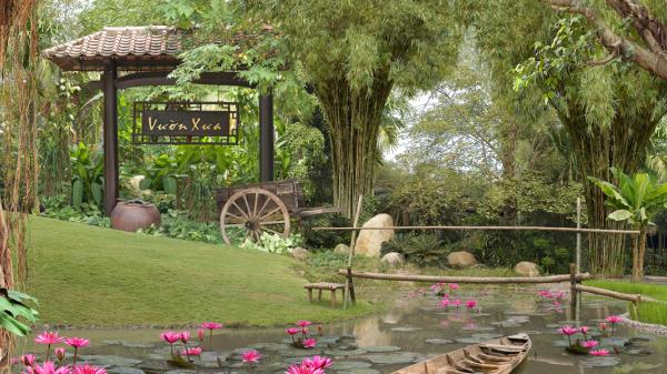 Lạc lối trong khu vườn xanh ngát giữa phố thị ở Bình Dương