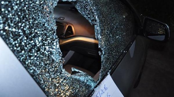 Bình Dương: Khuyến cáo người dân đề phòng tội phạm đập kính ô tô trộm tài sản