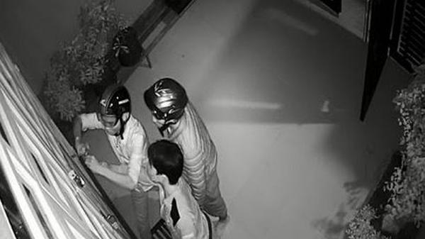 Nhóm trộm liều lĩnh ở Bình Phước đột nhập vào nhà dân trộm cắp tài sản