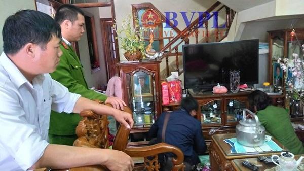 Đang khám nhà nghi phạm s.át hại nữ sinh viên ở Điện Biên