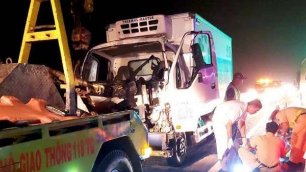 Va chạm liên hoàn trên cao tốc TP.HCM-Trung Lương, 4 người bị thương