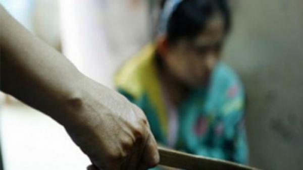Bình Dương: Điều tra vụ chồng rút dao đoạt mạng vợ vì ... đi làm về muộn