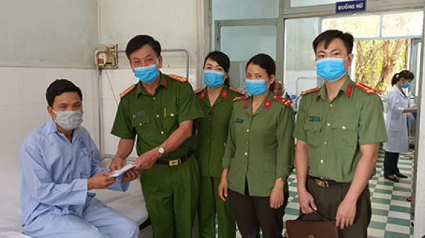 Bình Thuận: Cấp căn cước xuyên đêm, một chiến sĩ công an nhập viện
