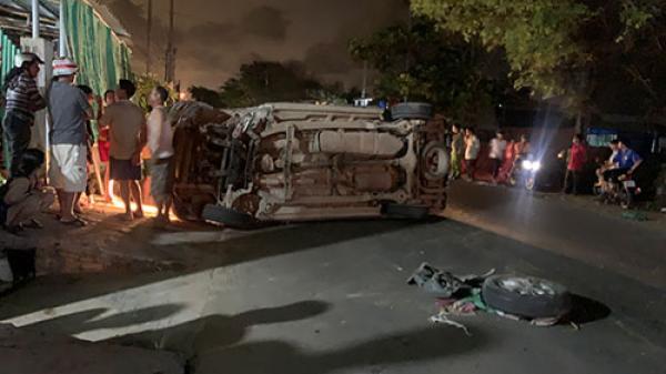 Bình Thuận: Ôtô 7 chỗ lật nghiêng khiến 4 người bị thương