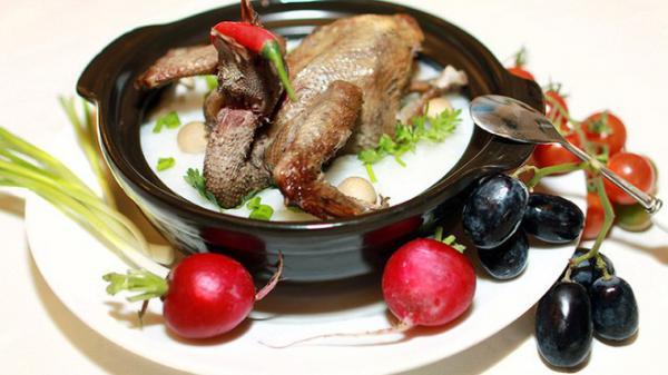 """Tốt gấp 9 lần thịt gà, món """"thánh dược"""" trong Đông y này chỉ có giá 70.000 đồng ở chợ Việt"""
