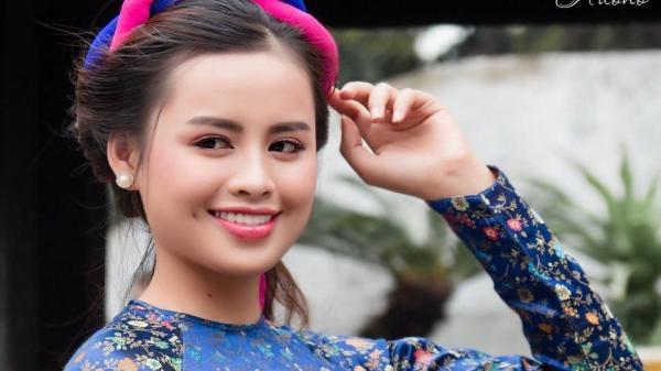 Ngất ngây vẻ đẹp của Miss Khả ái Bình Phước thướt tha trong tà áo dài đón Tết