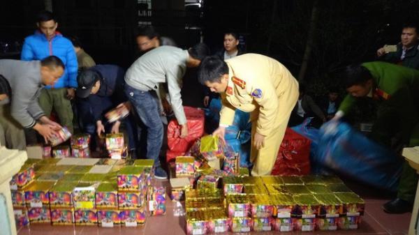 Bình Phước: Bắt giữ 2 vụ vận chuyển trái phép pháo hoa với số lượng lớn hơn 600kg