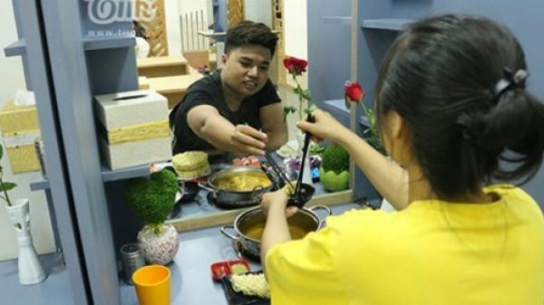 Giới trẻ Sài Gòn rủ nhau ăn 'lẩu thoát ế' dịp đầu năm mới: Lúc đi một mình, lúc về được ghép đôi